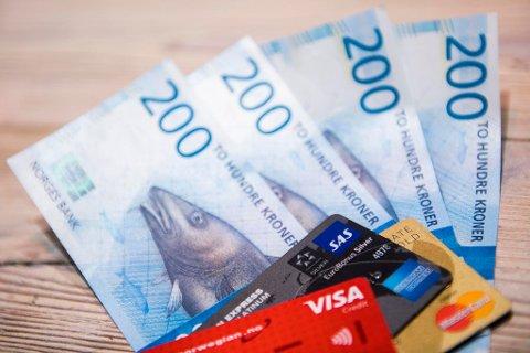 Du skal tjene bedre, få dyrere lån og billigere utenlandsturer. Foto: Jon Olav Nesvold (NTB scanpix)