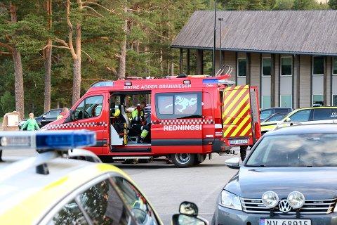 OMKOM: Slik så det ut da redningsetatene søkte i Fyresvatnet. 21 år gamle Knut Aslakson Momrak ble noen dager senere funnet druknet.