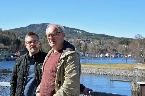 NÅDD FRAM: Geir Lundemo og Gunnar Sanden i Heisholt velforening kan glede seg over å ha nådd fram i sin kamp.