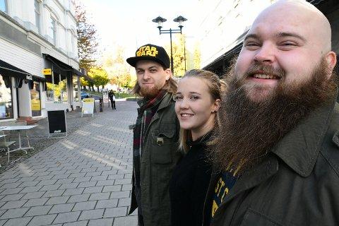 SPEEDDATE: Espen OMland Hustvedt, Hanna Aks Holm og Sam Einar Engh Syftestad håper å starte filminnspillingen i løpet av februar neste år.