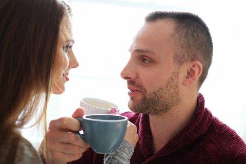 FORHOLD: Blir du forelsket og er veldig inne i «forholdsbobla», er det lett å se seg blind på tegnene på at partneren din egentlig bare er ute etter egen vinning. Illustrasjonsfoto. Foto: COLOURBOX Foto: Yeko Photo Studio