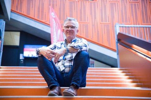 TILBAKE: Bjørgulv Grimstvedt var besatt på å komme i full jobb så fort som mulig etter kreftsykdom. Nå innser han at det er lite lurt.