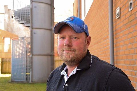 I BEHANDLING: Ørjan Frantzen (43) fikk for få måneder siden vite at han hadde føflekkreft. Nå er han i behandling, og har flere spørsmål enn svar. Foto: Trude Brænne Larssen