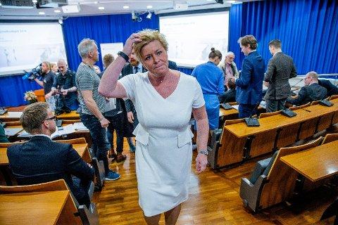 HODEBRY: Momsutvalgets konklusjoner gir finansminister Siv Jensen (Frp) hodebry. Foto: Stian Lysberg Solum / NTB scanpix