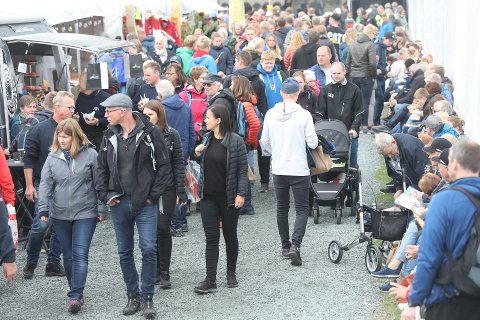 SOLIDE TALL: 87 006 besøkende totalt på Dyrsku'n er 7242 under rekorden fra det store jubileumsåret 2016, da hele 94 248 gjestet arrangementet. FOTO: PER-ÅGE ERIKSEN