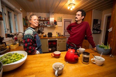 FULGTE DRØMMEN: Paret feiret nylig 4-års jubileum for Santis oppholdstillatelse. De har vært sammen i åtte år og har i løpet av den tiden giftet seg. De bosatte seg nylig på et småbruk i Fyresdal.