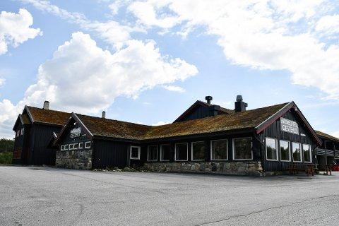 SELGES: Haukelifjell gjestehus er lagt ut for salg til 12,5 millioner kroner.