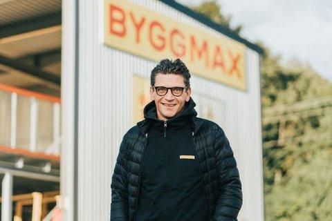 Porsgrunns mange hjemmefiksere har lenge måttet reise helt til Skien etter billige byggevarer, men nå kommer vi endelig på plass i Porsgrunn, forklarer regionsdirektør i Byggmax Espen Nicolaisen.
