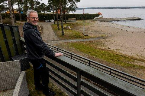 VØRA: Helge Langbach (67) er ny driver og bestyrer på Vøra Camping og gleder seg til å videreføre den gode jobben og alle aktivitetene Roger Sørsdal har skapt for byens befolkning, turister og campere.