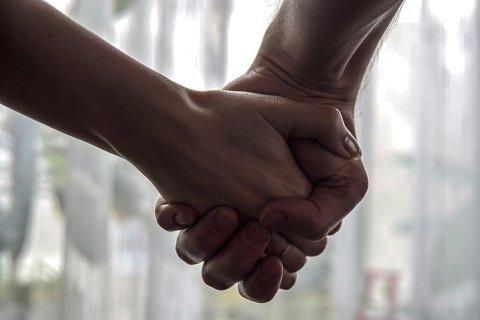 HJELPE: De frivillige, også innenfor enslighet og mental helse, kan hjelpe kommunene, heter det i et ferskt brev.