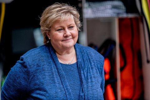 Statsminister Erna Solberg (H) informere tirsdag om koronatiltak fremover. Foto: Stian Lysberg Solum / NTB scanpix