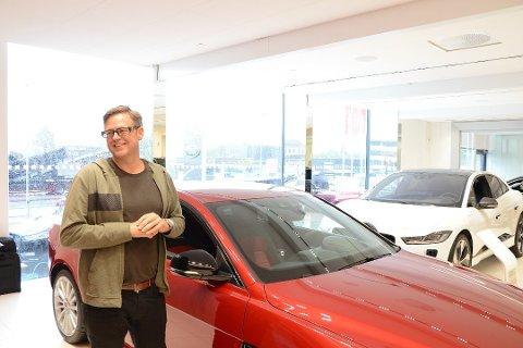 FAIR PRIS: Gisle Valen har alltid elsket å kjøre bil og nå begynner han å cashe inn fra livsverket.