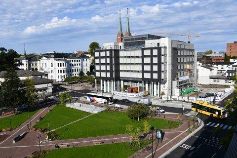 IKKE BARE BRA: Den nye løsningen for Landmannstorget i Skien er ikke bare av det gode, hevder flere.
