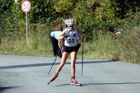 BEST: Ella Honningdal Nilsen (18) er et stort talent og Gulset-jenta vant både tre kilometer klassisk og fristil «Jarsengbakkane opp».