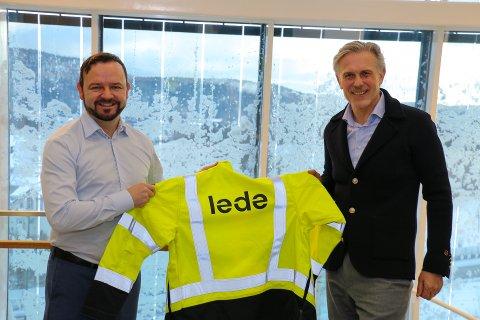NYTT NAVN: Øivind Askvik (f.v.) og Jens Bjørn Staff er veldig godt fornøyde med det nye navnet på nettselskapet: – Det er et bra navn som forteller hva vi gjør, sier administrerende direktør i Lede, Øivind Askvik.