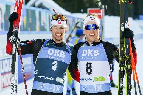 VM-KONGEN: Sturla Holm Lægreid og Johannes Dale fra Norge jubler etter 15 km fellesstart for menn under VM i skiskyting 2021 i Pokljuka.Foto: Primoz Lovric / NTB