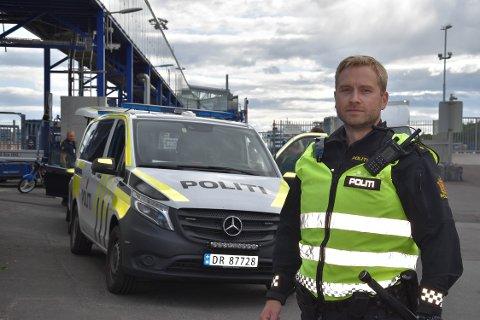 UNDRENDE: Politibetjent og tillitsvalgt Bjørn Lundblad Johansson mener omdisponeringen av UP til grensekontroll ble gjort for raskt, og at det kan få reaksjoner på veiene.