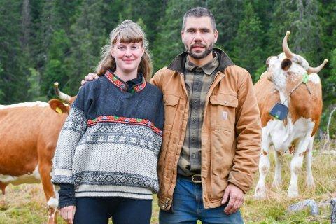 STØLSDRIFT: Kathrine Kinn og Gunleik Mæland fulgte drømmen og har startet med stølsdrift.