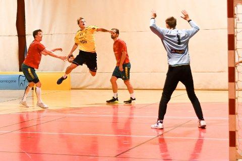 Storspilte: Jonas Haugen Pedersen nettet hele 11 ganger.