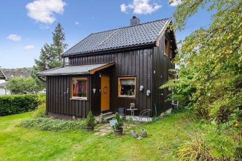 BYGD I 1936: Den lille eneboligen på Skotfoss i Skien er bygd i 1936.