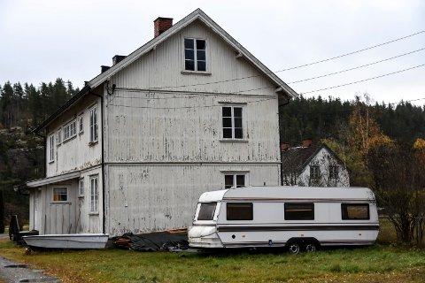 BER OM DIALOG: Ordføreren opplyser at hun vil ta kontakt med Notodden boligstiftelse om arbeiderboligene på Svelgfoss.