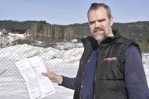 Prinsipp: Håvard M. Johansen ønsker å betale kommunale avgifter en gang i måneden, noe som kommunen sier ikke er mulig per i dag. Dette provoserer samme Johansen, som vedgår at det nå har gått litt prinsipp i denne saken fra hans side.