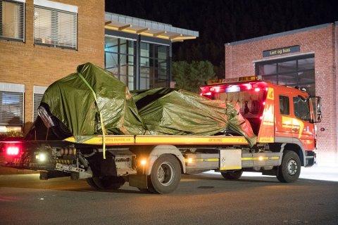 Fem personer døde da en veteranbil krasjet i en fjellvegg på vei ned fra Gaustatoppen mot Rjukan søndag. Nå har Havarikomisjonen funnet feil ved bremsene på ulykkesbilen.