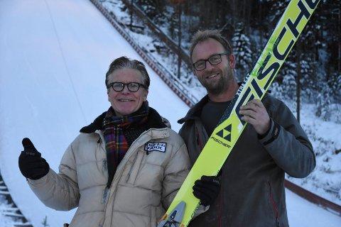 KLARE: Haakon Hartvedt og Kim Richard Bjørndalen er igjen klare for det internasjonale hopprennet i Tveitanbakken.