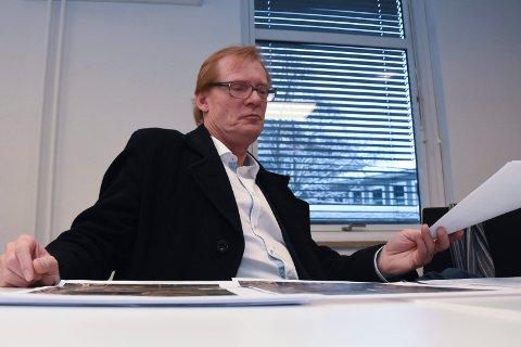 UENIG: Torgeir Fossli ville aldri foreslått at bøndene kan vurdere cannabisdyrking når de avvikler  pelsdyrproduksjonen.