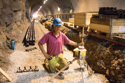 STOR JOBB: Det er et omfattende arbeid som legges ned i oppgraderingen av Sjøormporten tunnel.