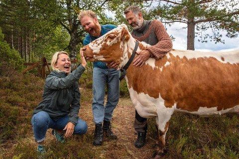 GÅRDSLIVET: Karianne Amlie Wahlstrøm stortrivdes med det mer landlige, rolige livet med gårdsdyr.