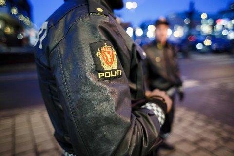 PÅGREPET: Politiet måtte håndtere en kranglete Kongsberg-mann tre ganger i blueshelgen. (Illustrasjonsfoto)