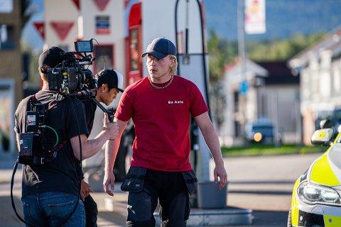 """RÅDEBANK: Nå nærmer det seg premiere på serien """"Rådebank"""" som ble spilt inn på Notodden og i Bø. Hovedpersonen i serien er """"GT"""", spilt av Odin Waage."""