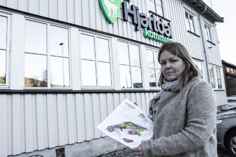 TOMT: Rådmann Stine Nyheim Folseraas i Hjartdal ber politikerne velge tomt for ny barnehage. Arkivfoto