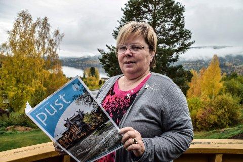 SOM VANLIG: Rita Slåbakk ber folk som er rammet av lungekreft om å følge opp legebesøk og behandlinger på sykehus som vanlig.