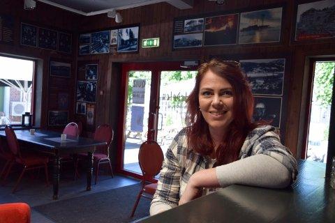 Folketomt: I likhet med de andre pubene i byen, holder også Teledølen Kulturpub stengt inntil videre. -Sikkerheten er viktigst, fastslår daglig leder Ingrid Larsen.