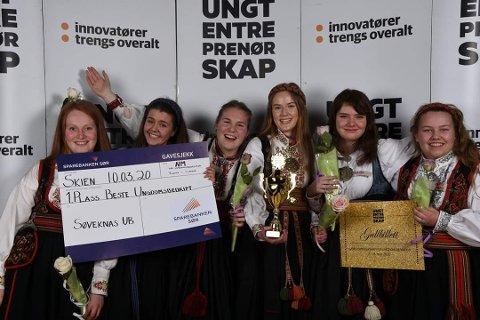 TREDJE BEST I NORGE: Her er jentene da de vant fylkesfinalen i mars. Fra venstre: Anne Ims Langåsdalen, Henriette Marie Holdhus Orekåsa, Siri Sjørholt, Martine Steinhaug Hauge, Kaisa Lien og Ingrid Marie Bøe Finnekåsa.