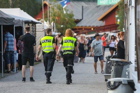 FANT IKKE VOLDTEKTSMANN: Politiet lette etter gjerningsmannen hele festivalhelgen uten å finne verken ham eller campingvognen. Sju år etterpå er en 26-åring dømt for voldtekt.