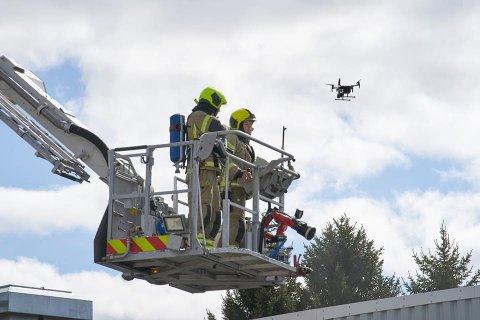 NY TEKNOLOGI: Droner brukes av brannvesen flere steder i Norge, her fra Trøndelag.