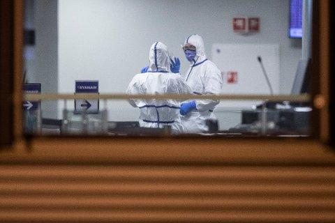 Kommunen har blant annet eget helsepersonell på Torp som tar i mot personer fra karantenepliktige land. Foto:NTB Scanpix
