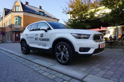 LODDES UT: En helt ny Volvo XC40 Plug-in hybrid kan bli din om du handler for over 500 kroner i Notodden i Sentrums forretninger.
