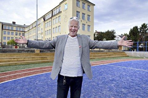 Jubilant: Rektor Sveinung Solberg inviterer alle som har en relasjon til Allanengen skole til jubileumsmarkering, fredag.