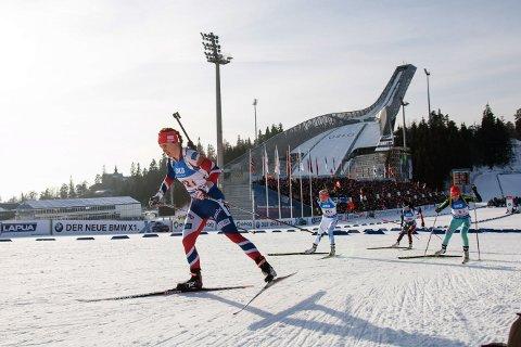 Synnøve Solemdal under stafett kvinner i VM i skiskyting i Holmenkollen.