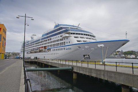 "Lørdag kommer MS ""Nautica"" til Kristiansund."