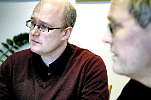 Ordfører i Sunndal kommune, Ståle Refstie fikk med seg kommunestyret på å vedta en resolusjon der de er bekymret over konsekvensene av en sentralisering av politiets utlendingsenhet.