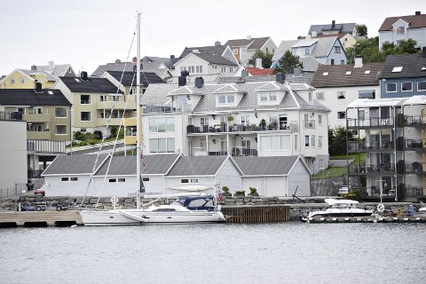 Fylkesmannen har slått fast at det er rett å pålegge Ko eiendom å rette feil og mangler ved eiendommen Nergata 12 i Kristiansund. Vedtaket er endelig og kan ikke påklages.