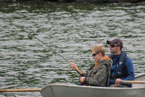 CAMP VILLAKS: Arrangørene - Norges jeger- og fiskerforbund og Norske Lskeelver - tilbyr rått fiske, ny kunnskap og mye moro for en billig penge.