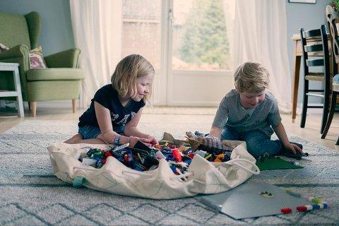 Når det gjelder utstyr til barn er det særlig produkter som Lego, Emmaljunga, Stokke og Tripp Trapp mange søker etter på FINN.