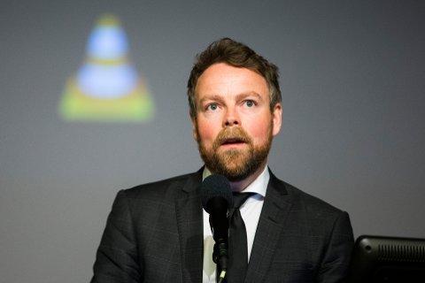 Kunnskapsminister Torbjørn Røe Isaksen (H) kommer til Kristiansund og Campus-konferansen førstkommende onsdag.