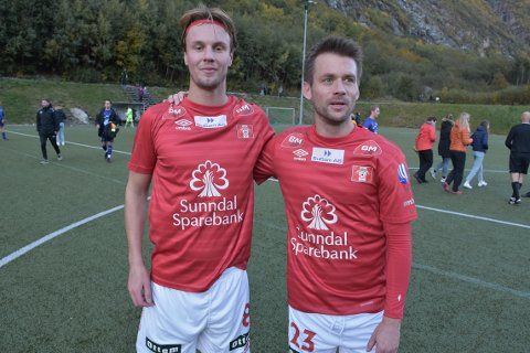 SEIER: Petter Melkild og Tor Erik Torske (2) scoret for Sunndal i seieren mot Midsund.